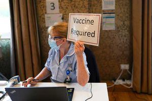 Mỹ nới lỏng quy định phòng dịch với người đã tiêm vắc xin ngừa Covid-19