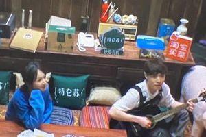 Lầy lội như Dương Tử và Trương Nghệ Hưng, quyết 'troll' netizen chuyện hẹn hò đến cùng