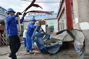 Lốc xoáy 'xé toạc' 2 thành phố tại TQ, 7 người chết