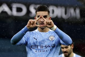 Man City thắng trận mừng danh hiệu vô địch Premier League