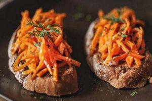 Bánh mì cà rốt muối mới lạ cho bữa sáng