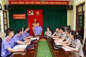 Kiến nghị hoàn thiện kháng nghị của Viện kiểm sát trong thi hành án dân sự
