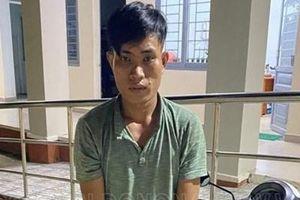 Thanh niên nhặt được ví tiền không trả rồi tống tiền nạn nhân
