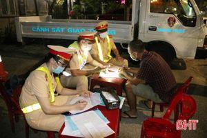 Hà Tĩnh: Vi phạm nồng độ cồn, 1 tài xế bị phạt 35 triệu đồng, tước GPLX 23 tháng