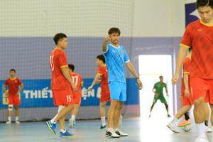 Chốt danh sách 17 cầu thủ tuyển Futsal sang UAE tranh vé dự World Cup