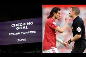 Cavani: 'VAR lấy đi sự quyến rũ của bóng đá'
