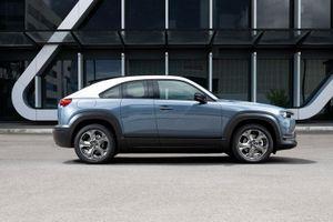 Chi tiết Mazda MX-30 Electric 2021, giá 51.000 USD