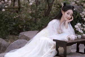 Chúc Tự Đan cực xinh trong phim cổ trang mới, đẹp thế này đã đủ làm 'đàn em' Dương Mịch chưa?