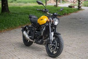 Đánh giá môtô 300 phân khối, giá chỉ 75 triệu tại Việt Nam