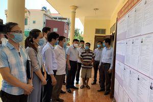 Phó Chủ tịch UBND tỉnh Nguyễn Văn Thi kiểm tra công tác chuẩn bị bầu cử tại Hà Trung