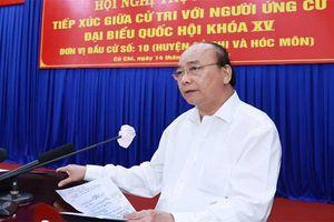 Chủ tịch nước Nguyễn Xuân Phúc tiếp xúc cử tri TP Hồ Chí Minh