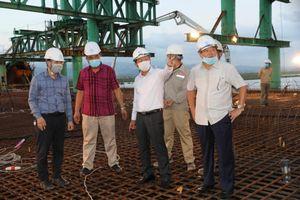 Quảng Ninh: Cầu Cửa Lục 1 hợp long nhịp đầu tiên