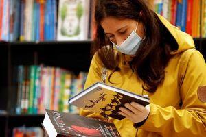 Ngành xuất bản ở Mỹ đứng vững trong đại dịch nhờ phát hành trực tuyến