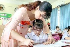 Bộ GD&ĐT: Không phát sinh thêm sổ sách gây quá tải cho giáo viên