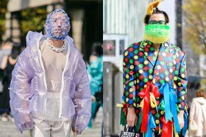 Giới trẻ châu Á ăn mặc độc lạ xuống phố