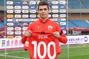 Oscar lập cú đúp trong trận đấu thứ 100 tại giải Trung Quốc