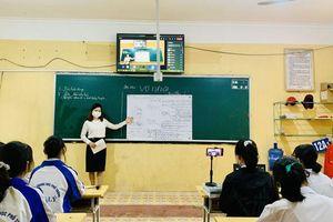 Dịch bùng phát, HS lớp 12 Bắc Giang chuyển sang ôn tập trực tuyến từ ngày 17/5