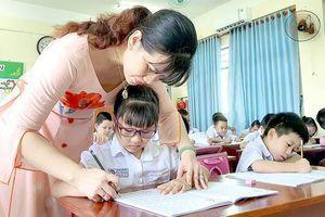 Bộ GD&ĐT: Không phát sinh thêm hồ sơ, sổ sách gây quá tải cho giáo viên
