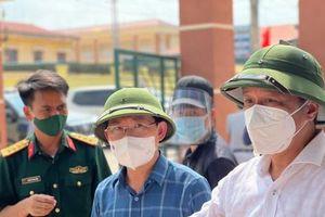 Thứ trưởng Bộ Y tế Nguyễn Trường Sơn: Lọt 1 ca COVID-19 là có thể thành 'bom nổ chậm'