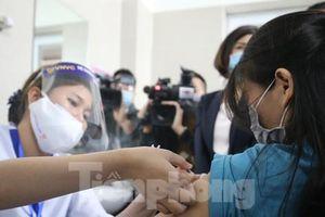 Việt Nam tiếp nhận hơn 1,6 triệu liều vắc xin phòng COVID-19