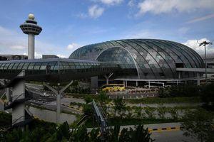 Dịch COVID-19: Singapore tăng cường phòng dịch tại sân bay Changi