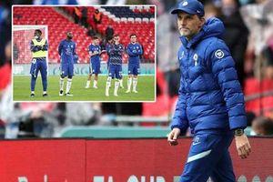 VAR tước bàn thắng của Chelsea: Fan phẫn nộ, Tuchel hoang mang