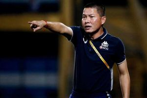 HLV giàu thành tích nhất V-League phủ nhận giúp bầu Hiển 'nối dài cánh tay'