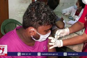 Số ca nhiễm trong ngày ở Ấn Độ vẫn hơn 300.000