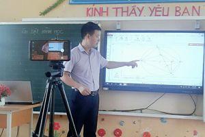 Bắc Giang: Chuyển sang dạy trực tuyến cho lớp 12 từ ngày 17/5
