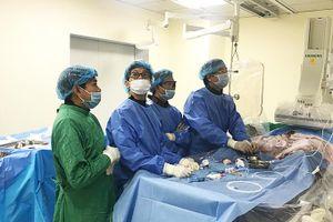 Đặt stent động mạch thận: Cơ hội cứu sống bệnh nhân