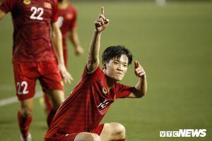 Ứng cử viên thay Hùng Dũng chấn thương, HLV Park Hang Seo thêm đau đầu