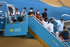 'Bỏ trần giá vé máy bay là hợp lý, nhưng nên làm từng bước'