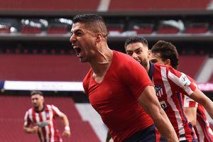 Suarez tỏa sáng là đòn đau cho Barca