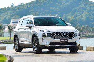 Hyundai Santa Fe 2021 được bán ra tại Việt Nam, tăng giá so với đời cũ