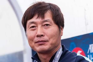 HLV Hàn Quốc được mời dẫn dắt CLB nữ Hà Nội