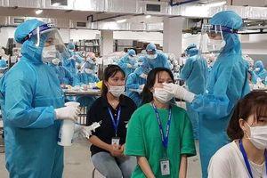 Nhân viên y tế chi viện Bắc Giang: 'Lấy mẫu xét nghiệm đến 2h sáng'