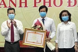 CDC Đà Nẵng nhận bằng khen của Thủ tướng nhờ sáng kiến chống dịch