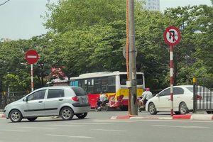 Nhiều vi phạm giao thông tại số 5 Ngọc Hồi