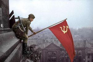 Phủ nhận vai trò của Hồng quân Liên Xô là xúc phạm lịch sử (P1)