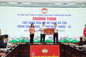 Hà Nội: Tiếp nhận ủng hộ và trao tiền, hàng hóa hỗ trợ công tác phòng, chống dịch Covid-19