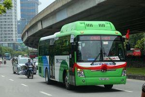Hà Nội mở rộng vùng phục vụ 2 tuyến buýt sử dụng năng lượng sạch