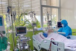 Một ca mắc COVID-19 ở TPHCM đông đặc hai phổi, tình trạng như 'bệnh nhân người Anh'