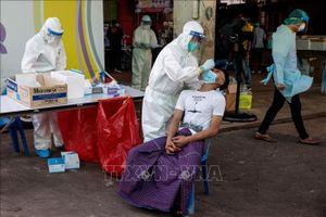 Thái Lan ghi nhận số ca mắc mới cao kỷ lục, trên 6.800 ca là phạm nhân