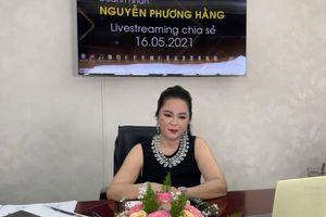 Bà Phương Hằng bất ngờ 'chỉ mặt điểm tên' hội bạn thân doanh nhân đang kết bè kết phái nói xấu bà
