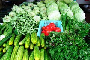 Giá thực phẩm ngày 17/5: Giá rau củ quả đi ngang