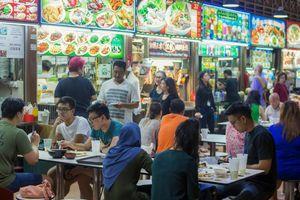 Singapore: Phạt đến 1500 USD nếu khách không dọn bát đĩa sau khi ăn