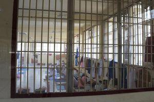 Thái Lan báo động tình trạng lây nhiễm Covid-19 trong trại giam