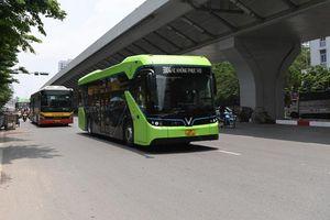 Xe buýt điện VinBus chạy thử nghiệm trên một số tuyến nội đô Hà Nội