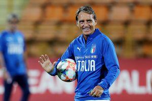 HLV Mancini gắn bó với tuyển Italy thêm 5 năm