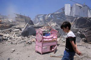 Ai sẽ chịu trách nhiệm cho cái chết của dân thường ở Gaza và Israel?